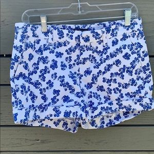 Gap royal blue and white floral shorts